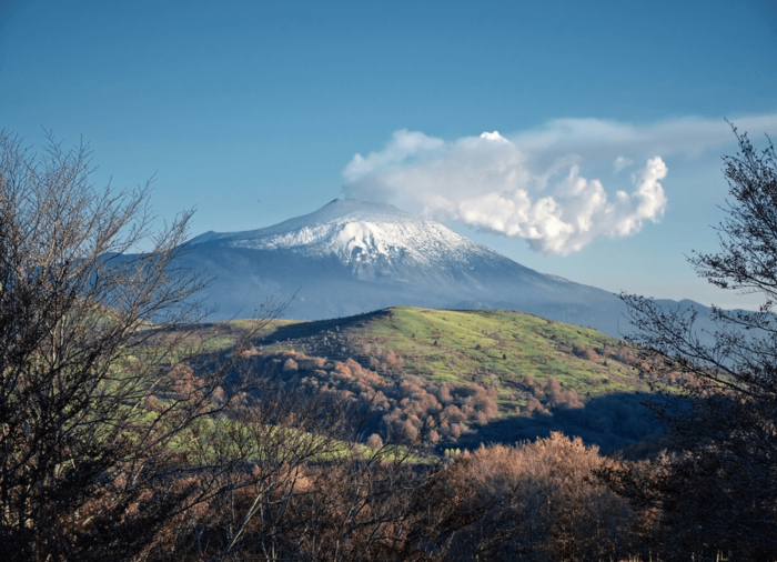 Romantic Places in Italy: Ferrovia Circumetnea Train, Mount Etna