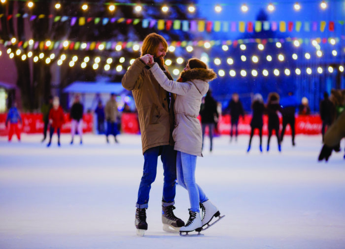 What to do in Winter in Italy: ice skating
